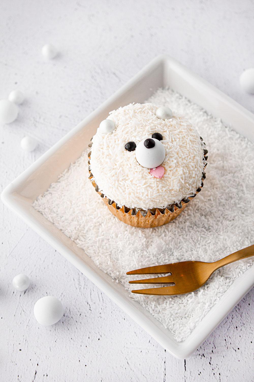 Eisbär Cupcake schräg
