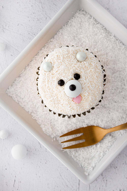 Eisbär Cupcake oben
